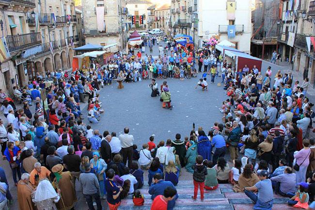 M�s de 500 antorchas iluminar�n una <h3 class='enlacePalabraNoticia' onclick='opcionBuscarActualidad('Sep�lveda','')' >Sep�lveda</h3> medieval durante la Fiesta de los Fueros